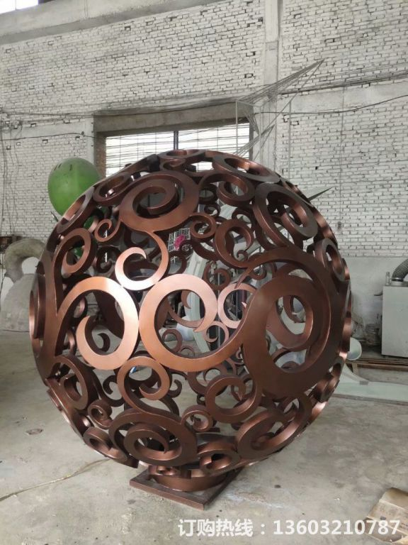 304不锈钢镂空球雕塑11