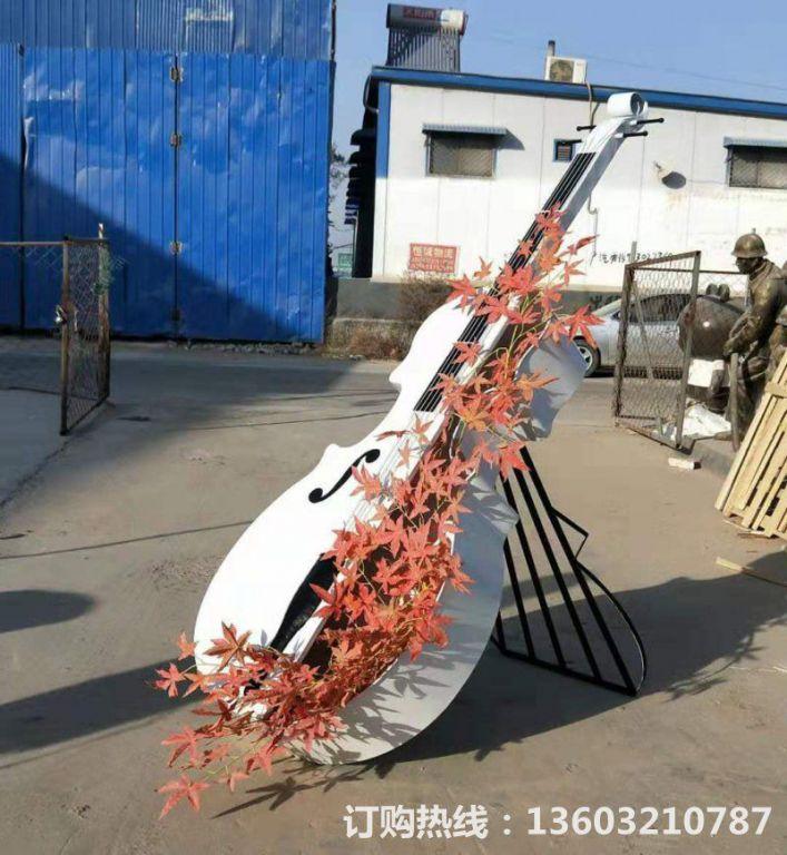 2米高吉他雕塑,不锈钢吉他雕塑,种花吉他雕塑定制2