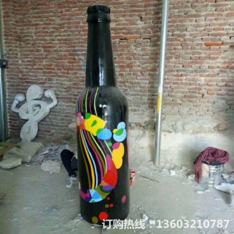 ktv酒瓶雕塑 质美价廉玻璃钢艺术品 (2)